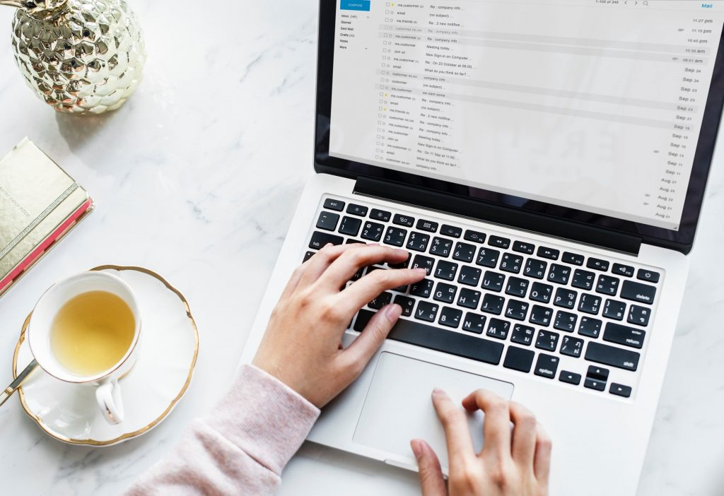 blogger type emails